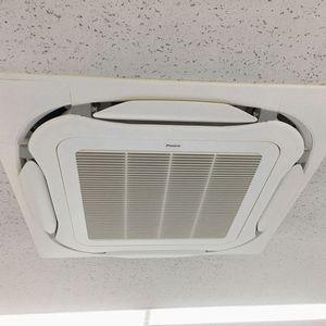 業務用エアコンの交換 ダイキン SZRC56BCV 天井カセット形4方向2.3馬力