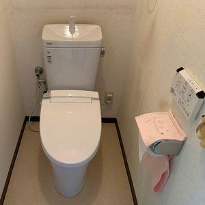 タンク式からタンク式へのトイレの交換【リクシル アメージュZ】(京都市北区)