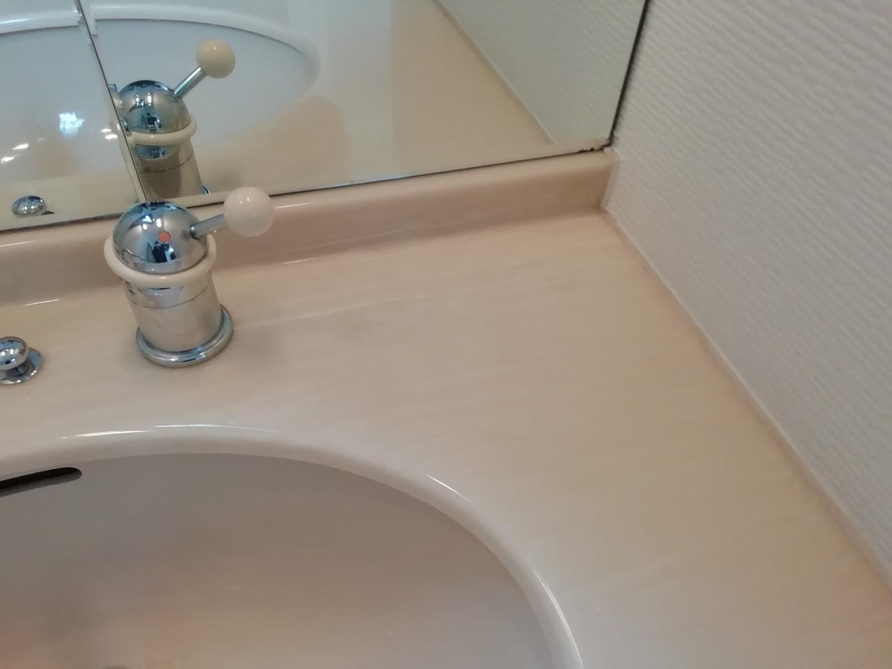 洗面台に洗濯機用水栓の取付け