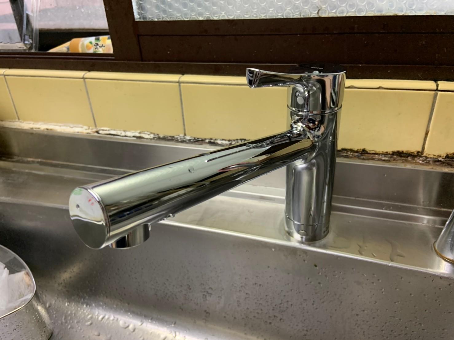 キッチン水栓の交換|TOTO TKS05301J|京都市北区西賀茂