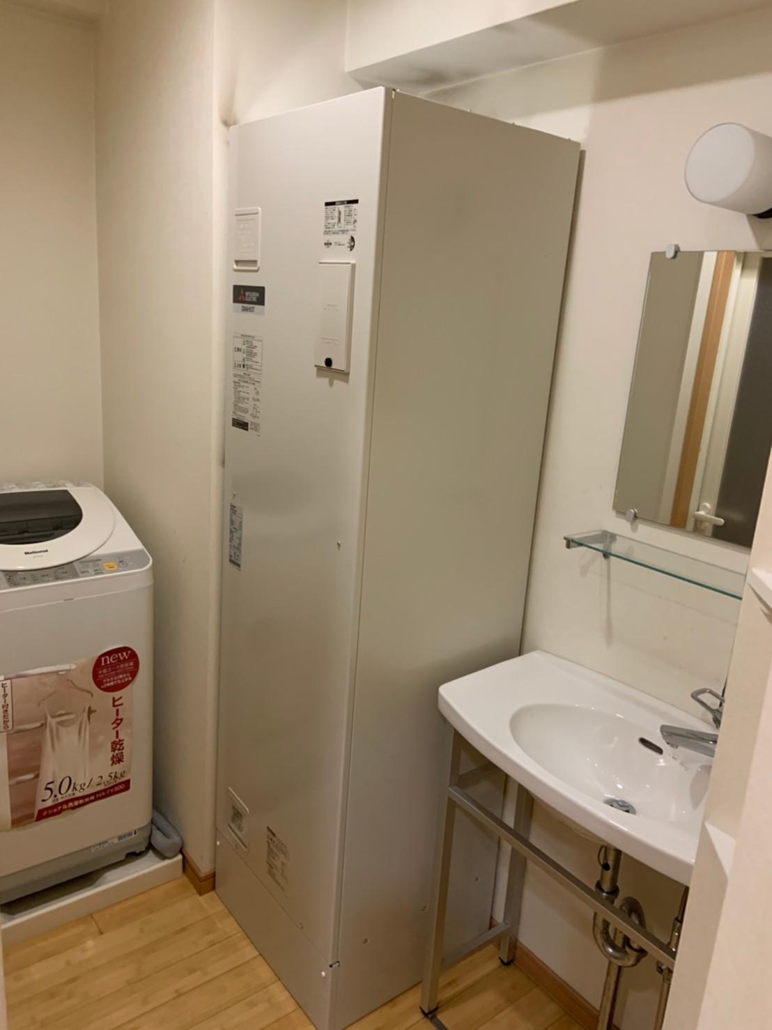 ワンルームマンションの電気温水器の交換|SRG-201G|